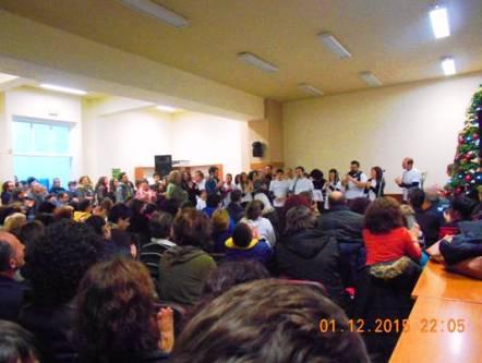 Άποψη από την κατάμεστη αίθουσα του Πολιτιστικού Κέντρου. Οι παρευρισκόμενοι συμμετείχαν ενεργά στα δρώμενα και σε πολλές στιγμές συγκινήθηκαν.