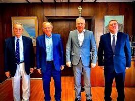 Φωτογραφία από την συνάντηση με τον Υπουργό