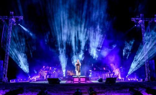 «Τα Σχήματα των Αστεριών» μια μαγική βραδιά στο Θέατρο Πέτρας